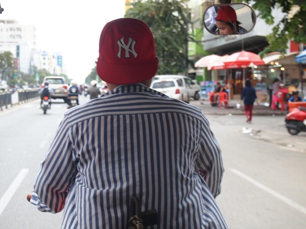 カンボジアシェムリアップのトゥクトゥク