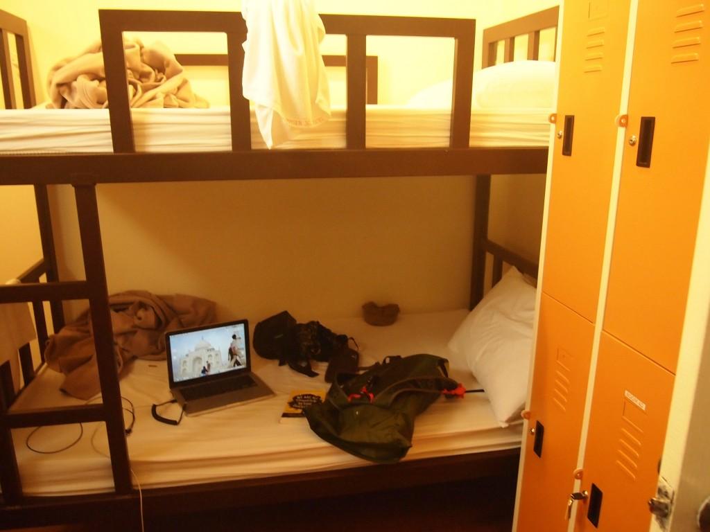 各部屋に右にあるようなロッカー付き。
