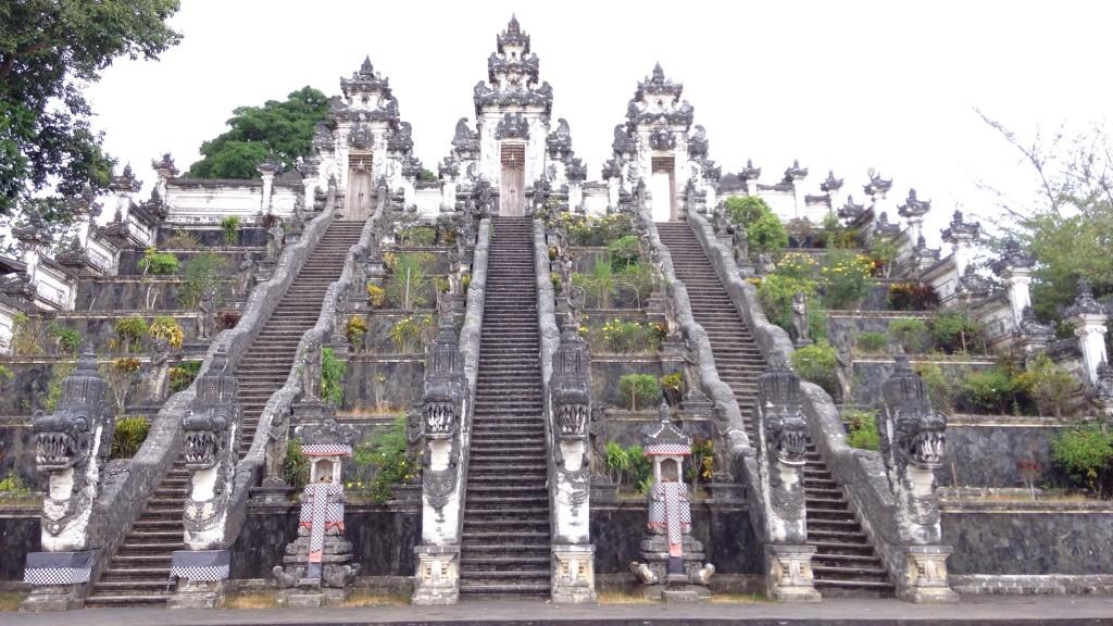 世界一周 インドネシア バリ ランプヤン 寺院
