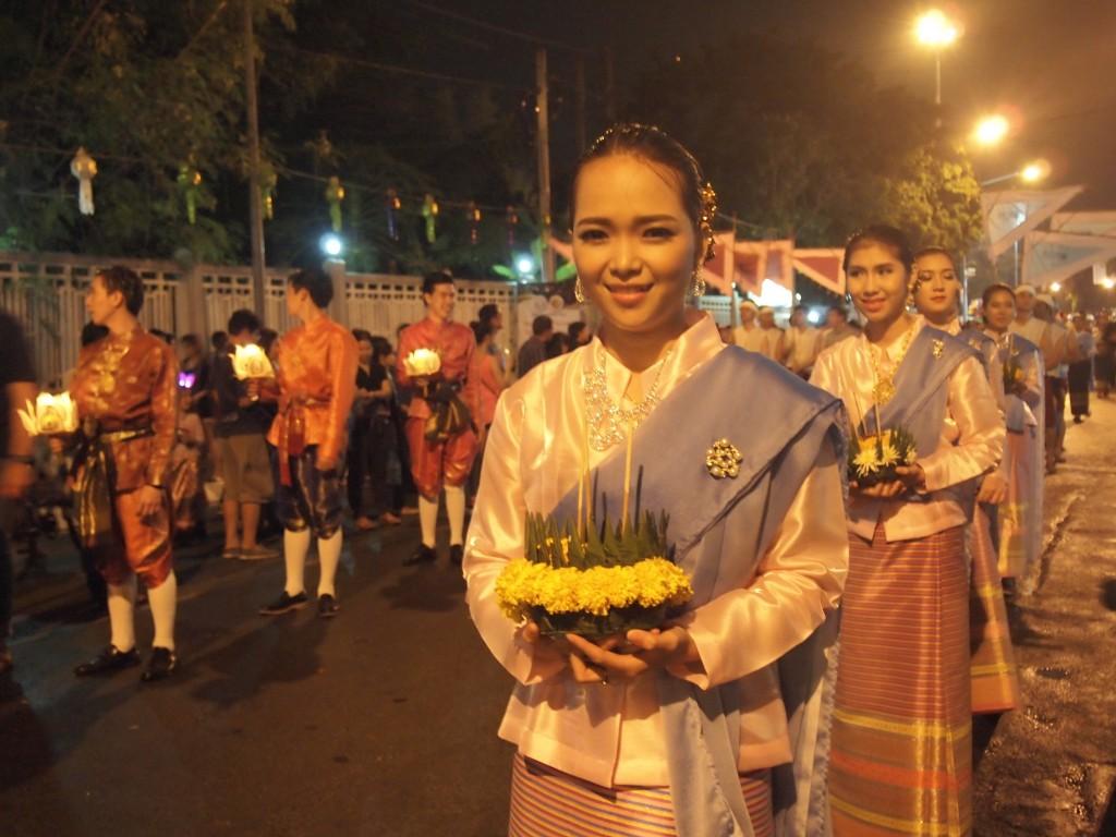 タイチェンマイイーペン祭りパレード