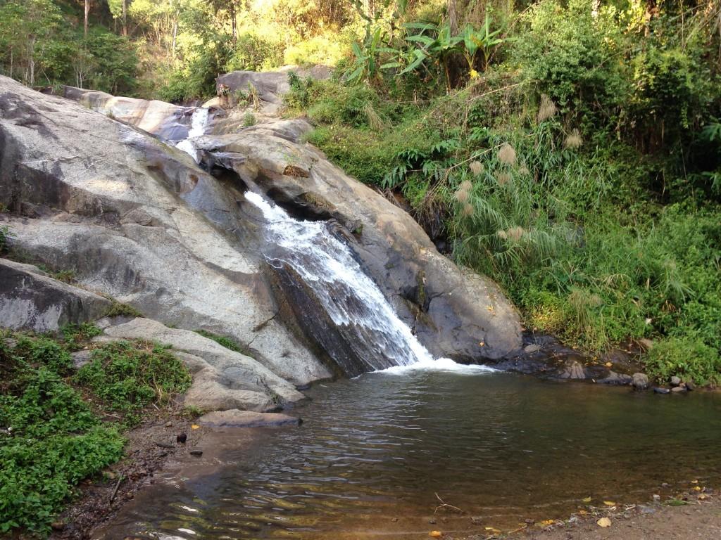 パーイの小さい滝