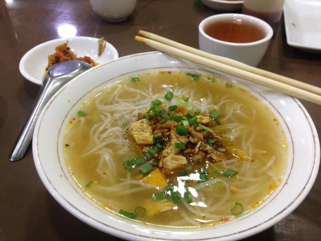 ヤンゴン シャンヌードル 999