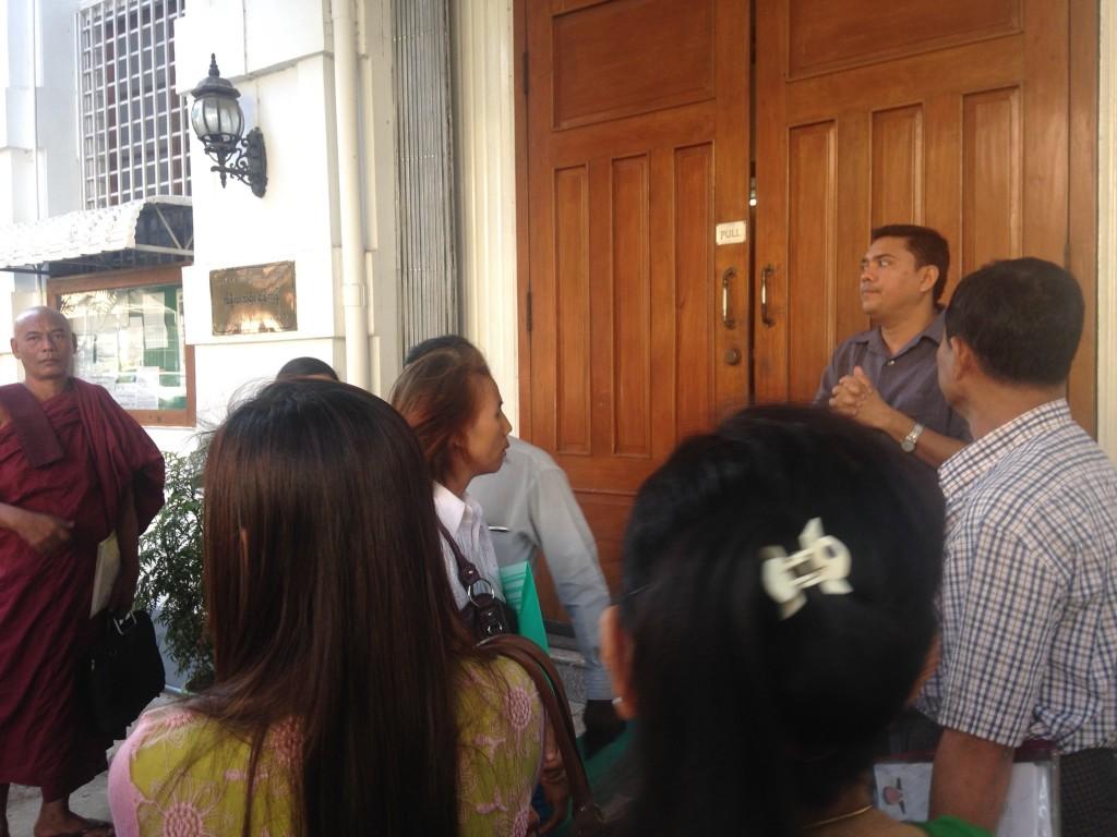 ヤンゴン インド ビザ 10ドル 取得 世界一周 旅 ブログ