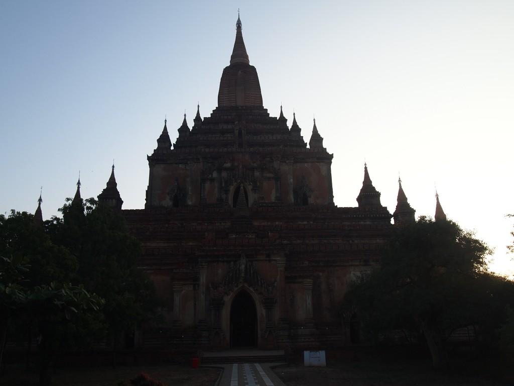 バガンの何かしらの仏塔