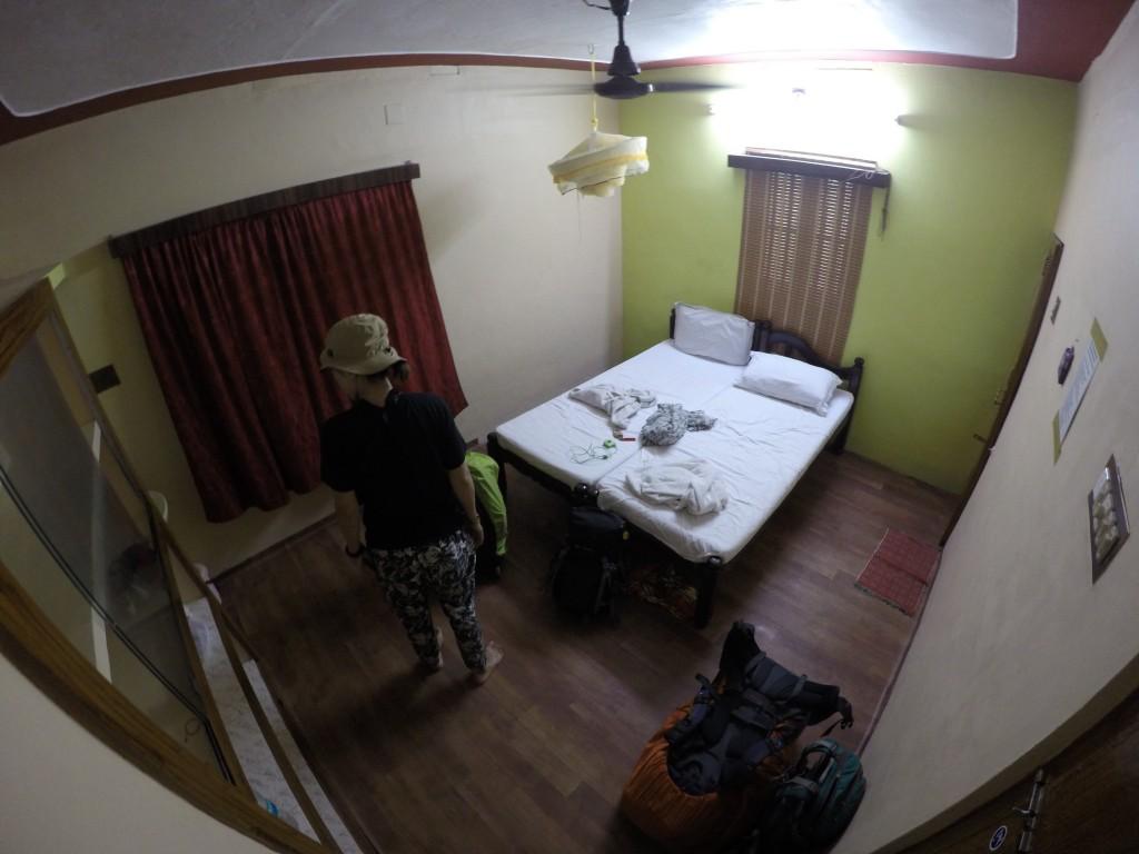 アレッピー 宿 ゲストハウス 安い 世界一周 旅