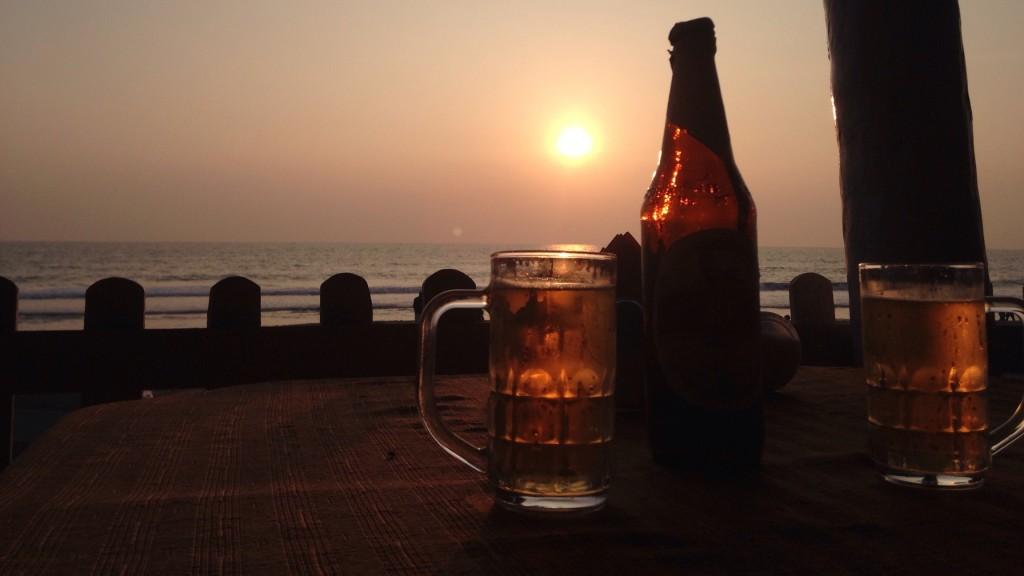 バルカラ ビーチ ビール インド