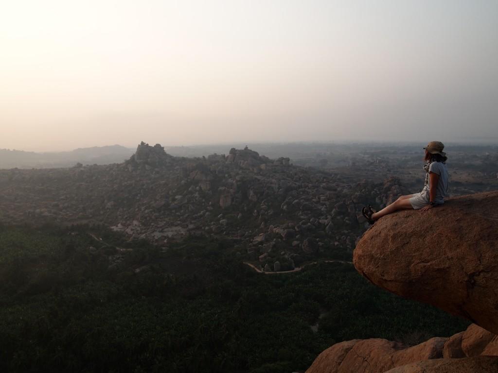 インド ハンピ 世界遺産 絶景 端っこ族