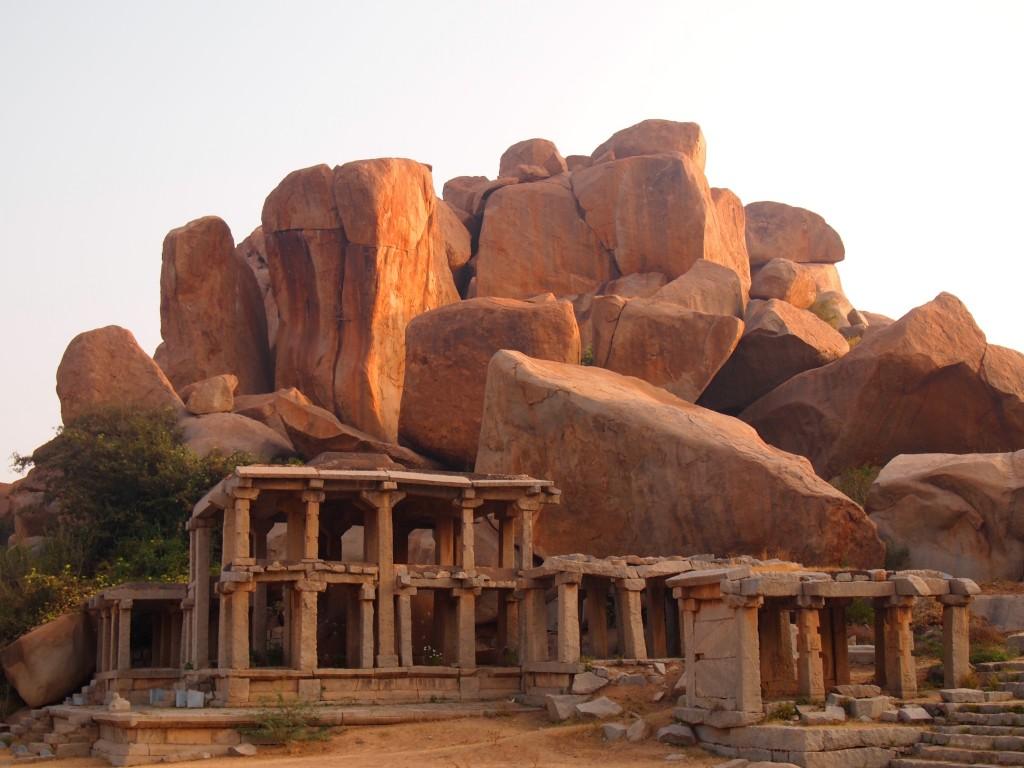 インド ハンピ 世界遺産 絶景