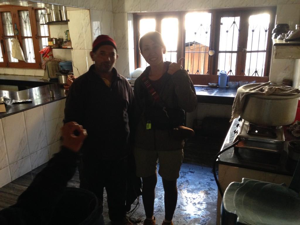 インド カシミール タンマルグ 宿 シェアキッチン