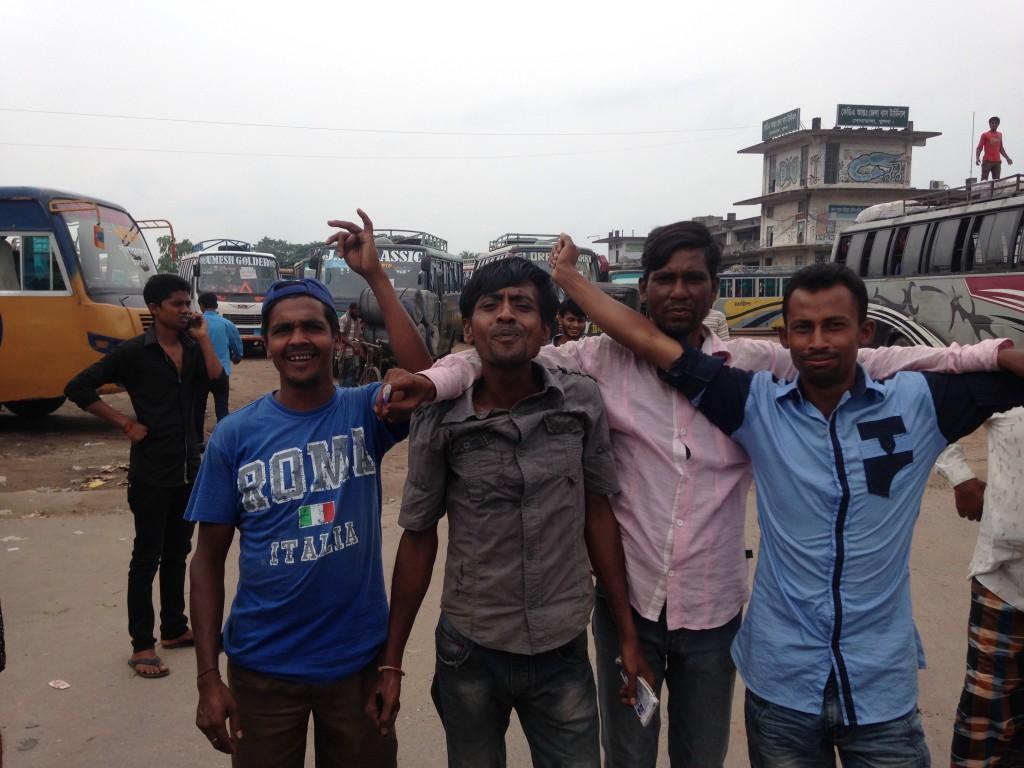 バングラデシュ クルナ バスターミナル