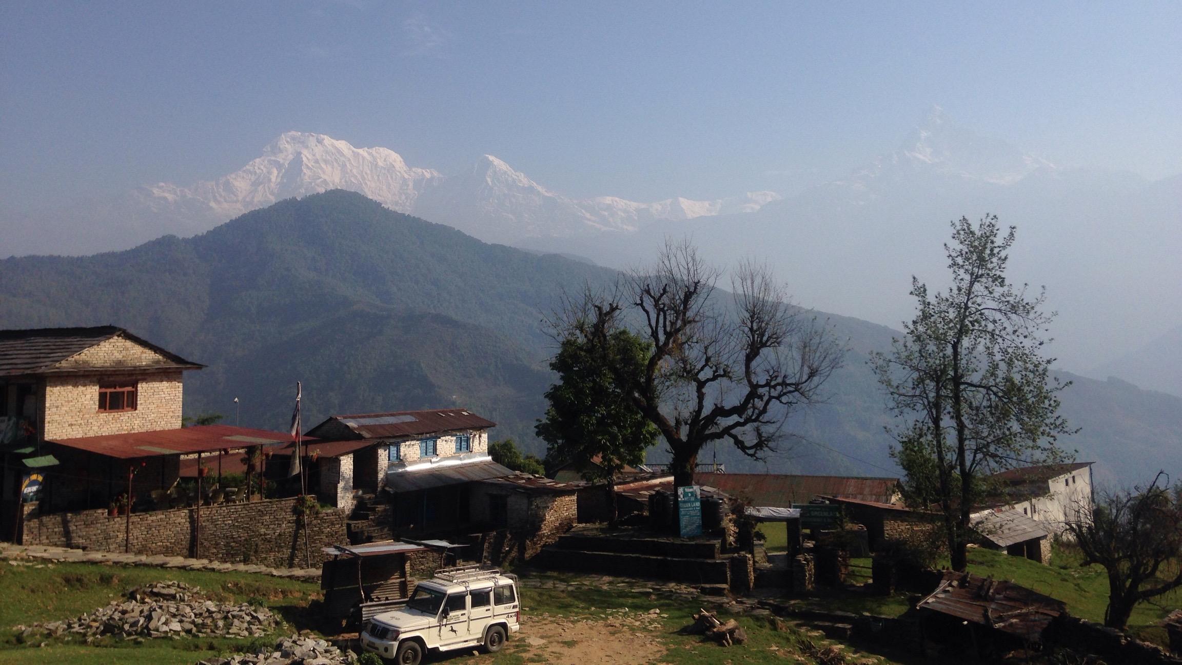 ダンプス トレッキング 小学校 ポカラ ネパール 世界一周 旅 ブログ バイク アンナプルナ ダンプス 綺麗