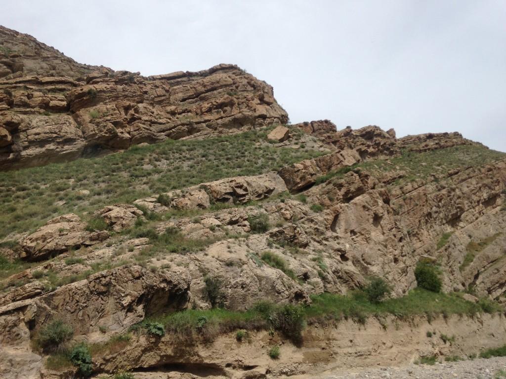 イラン トルクメニスタン 国境 風景
