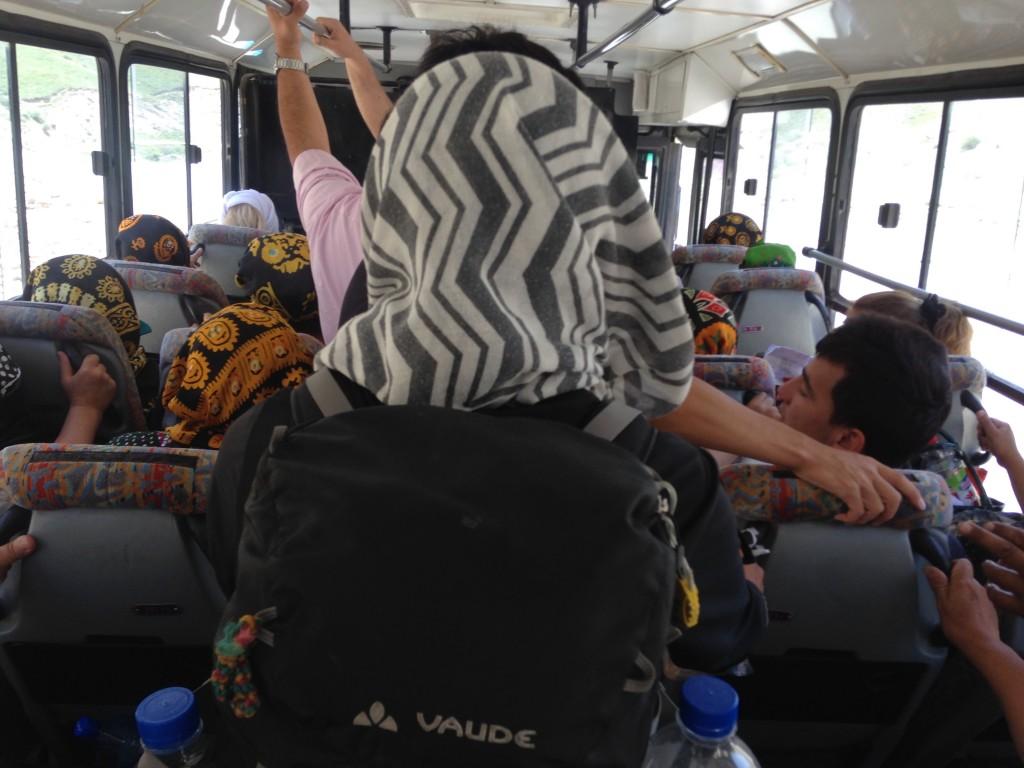トルクメニスタン バス