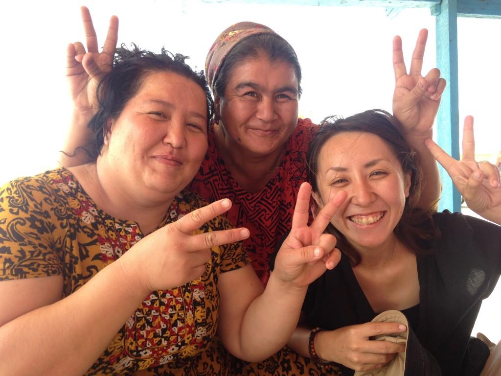 トルクメニスタン 地獄の門 チャイハネ