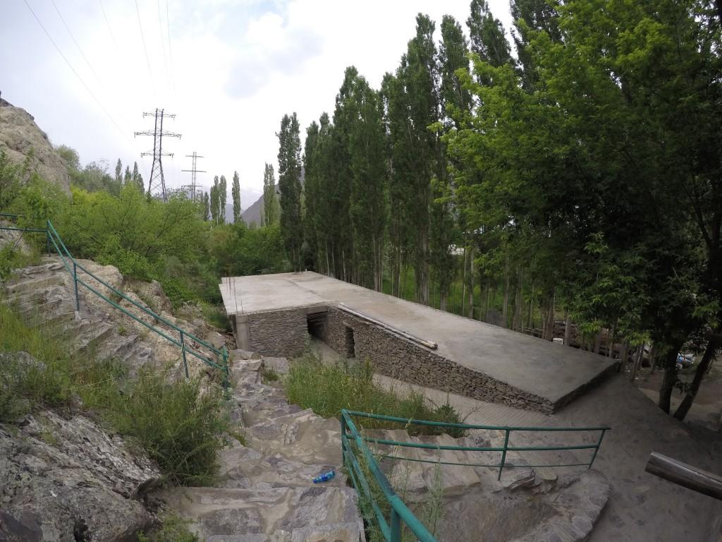 タジキスタン ホーローグ ゲストハウス