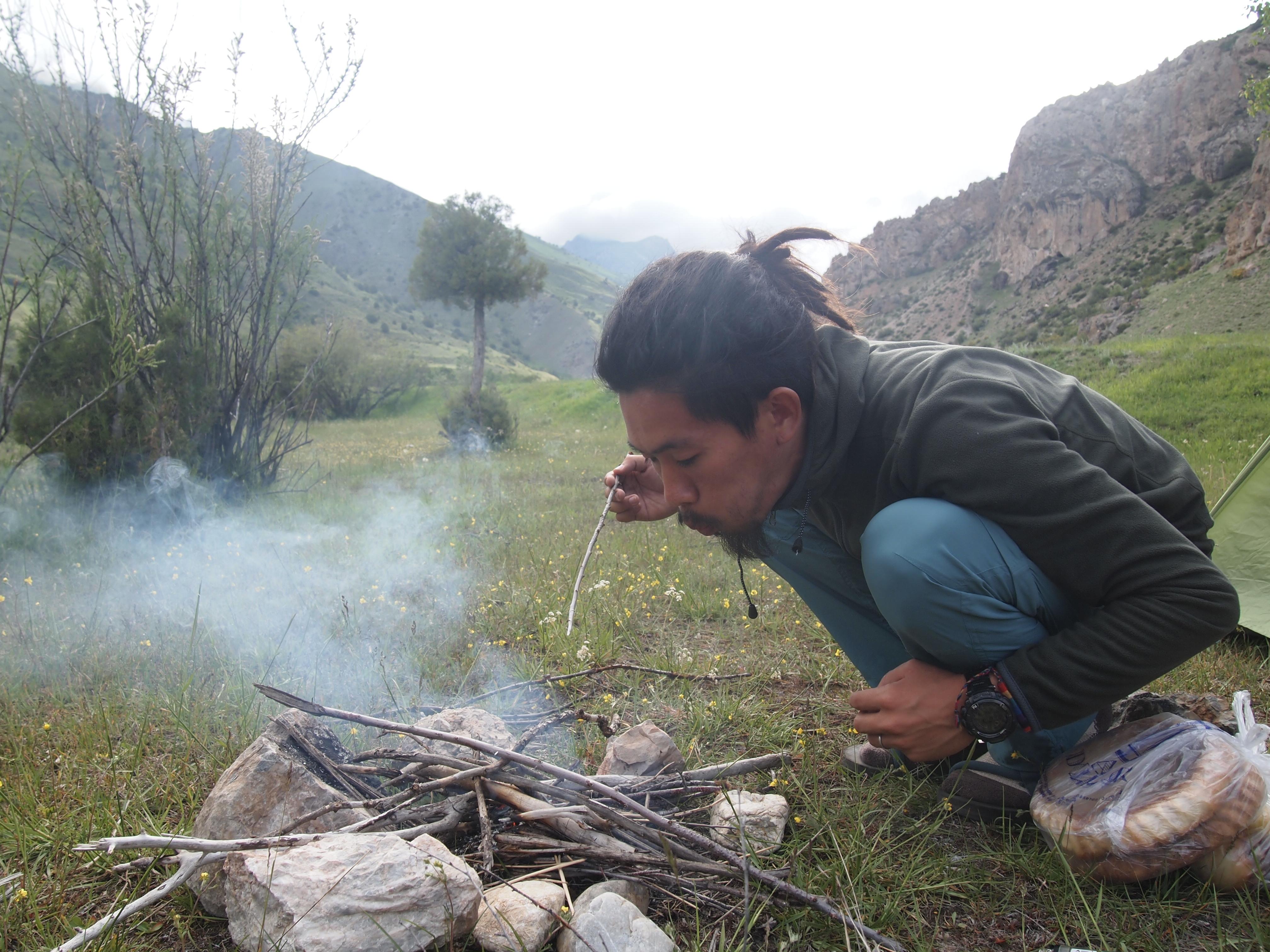 ファンマウンテン トレッキング タジキスタン サルボダ アラウディン 湖 世界一周 旅 ブログ