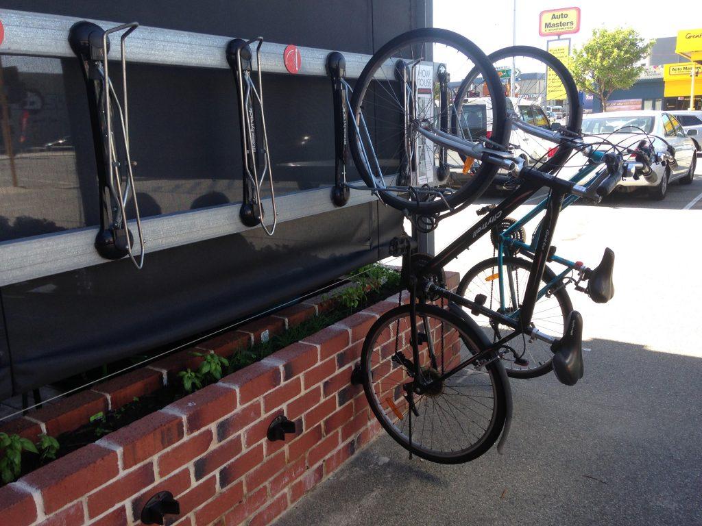 ワーホリ 終了 オーストラリア パース 飲食 シティ 世界一周 旅 ブログ 自転車
