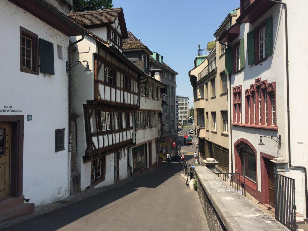 スイス バゼル 世界一周 ローカル 街