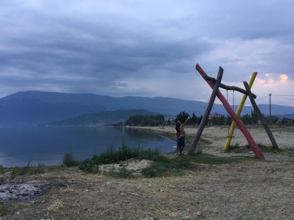アルバニア キャンプ テント 世界一周 旅 ブログ エルバサン ポグラデック オフリド