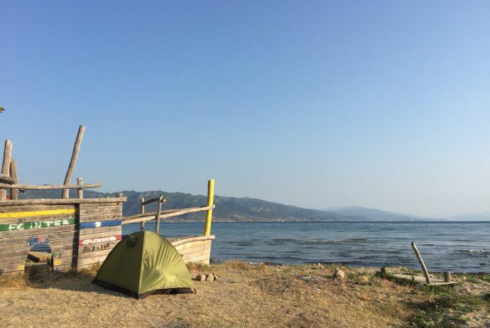 アルバニア 世界一周 ポグラデック キャンプ オフリド