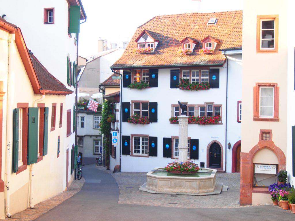 スイス バーゼル 世界一周