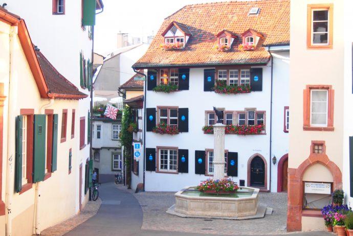 スイス バゼル 世界一周
