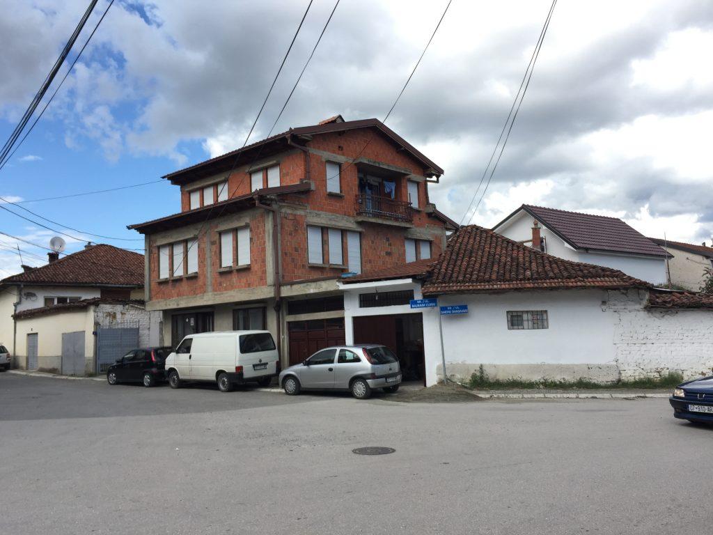 世界一周 コソボ ジャコーバ 宿
