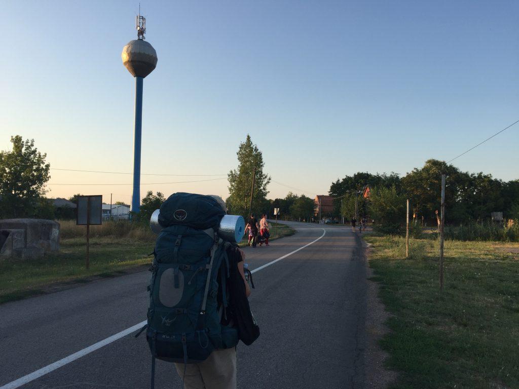 セルビア ノヴィサド 移動 ルーマニア 国境