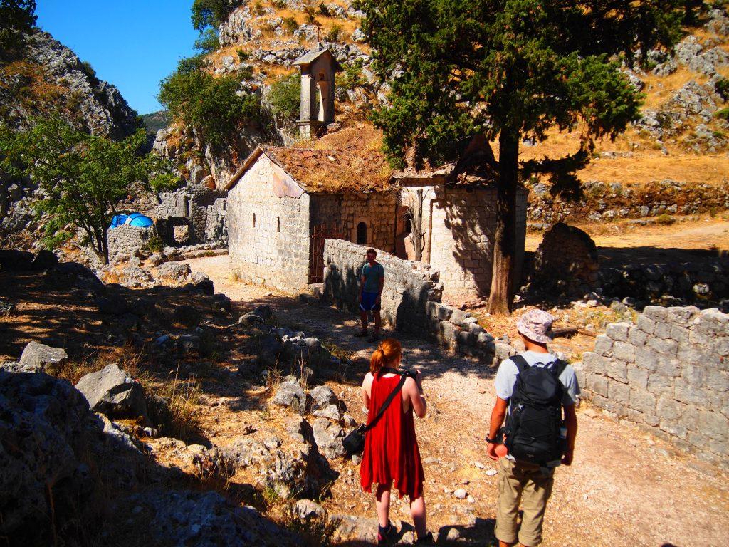 世界一周 モンテネグロ コトル 山 トレッキング 絶景 城
