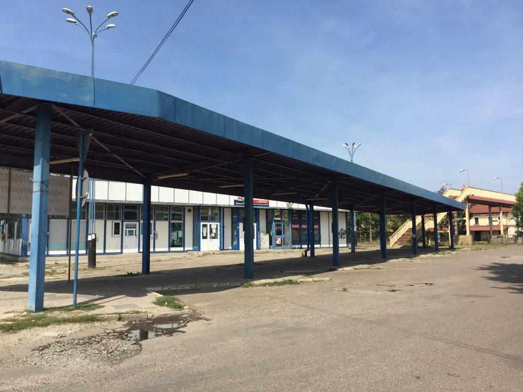 ポーランド サノク バス停