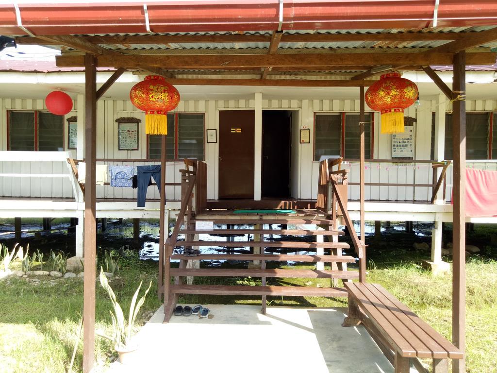 世界一周 マレーシア ゲストハウス 宿 ムル 安宿 旅