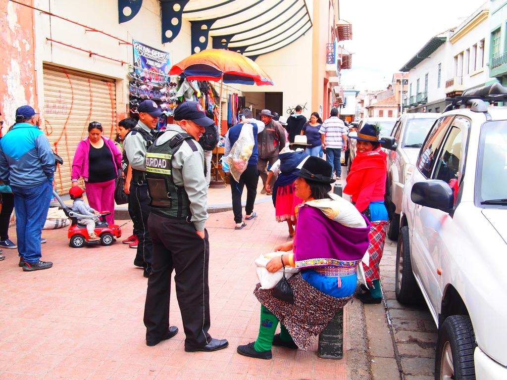 エクアドル,クエンカ,世界一周,おすすめ,ご飯,観光,カカオ,夫婦,ブログ