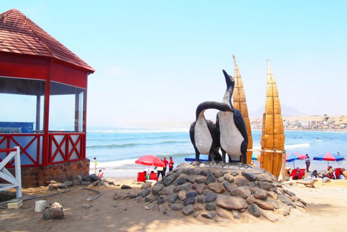 最古,サーフィン,5000年前,ペルー,トトラ,海,漁,ワンチャコ,チカマ,世界一周,旅,ブログ