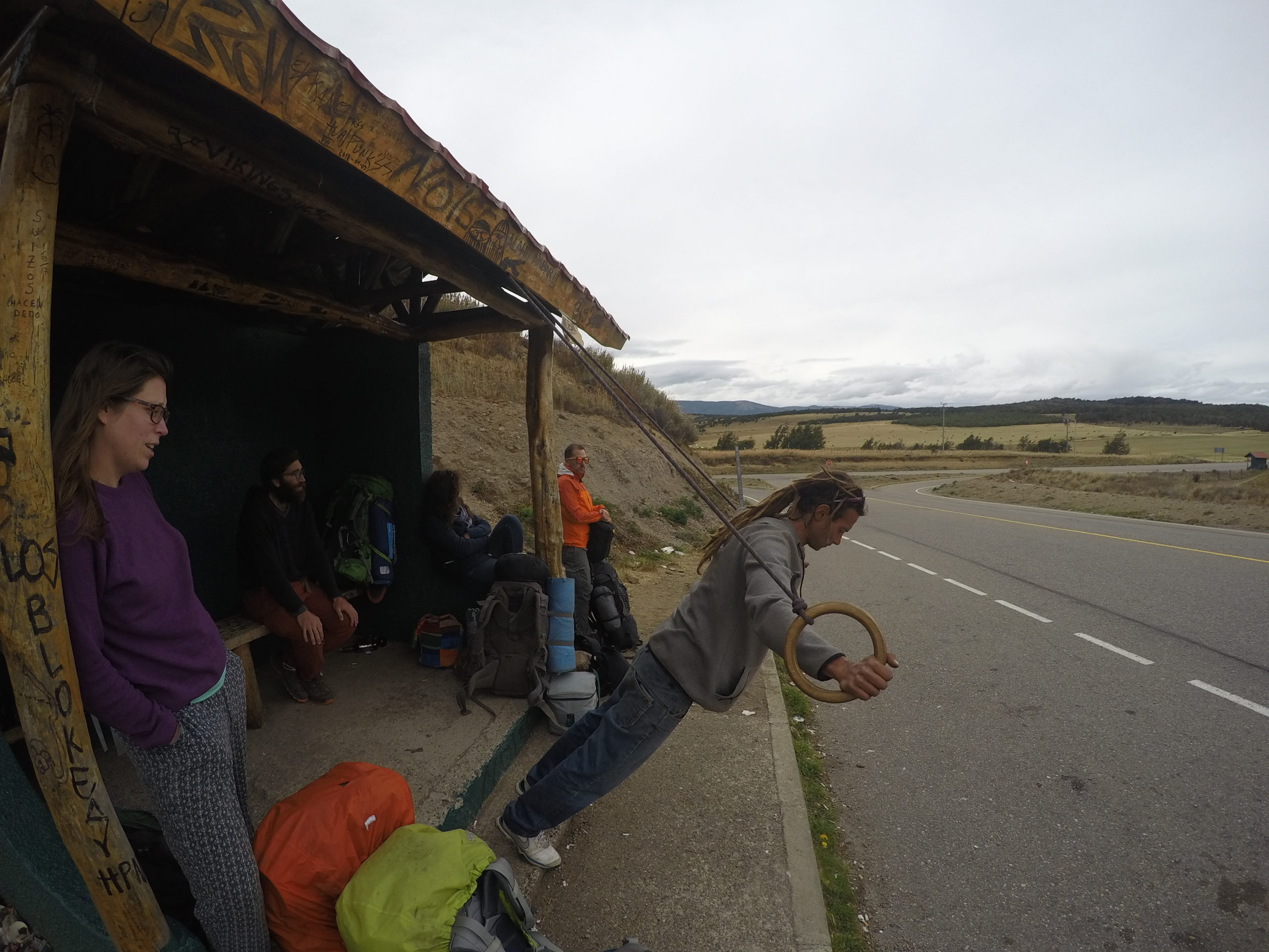 チリ パタゴニア 世界一周 旅 夫婦 ヒッチハイク コジャイケ