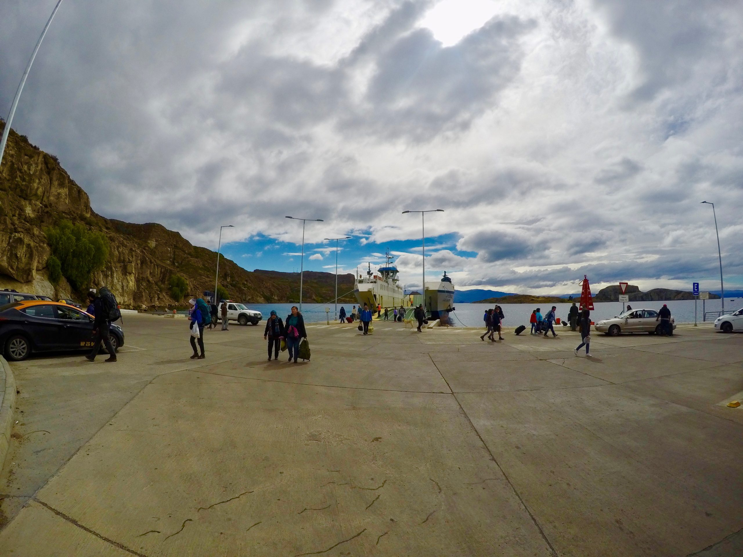 チリ パタゴニア カスティージョ チレチコ ヒッチハイク テント キャンプ ハイキング